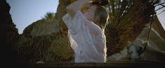 Соски Николь Кидман в фильме «Королева пустыни» фото #2