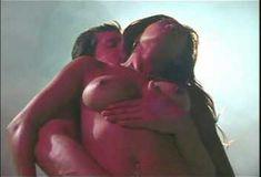 Полностью голая Николь Оринг в эротическом фильме Hollywood Sexcapades фото #7
