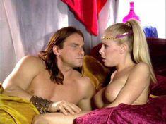 Голая Николь Шеридан в порнофильме The Erotic Dreams of Jeannie фото #11