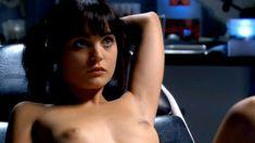 Красотка Ноэль Дюбуа снялась голоц в сериале «Запретная наука» фото #3