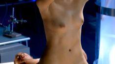 Красотка Ноэль Дюбуа снялась голоц в сериале «Запретная наука» фото #8