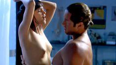 Красотка Ноэль Дюбуа снялась голоц в сериале «Запретная наука» фото #19