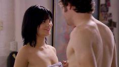 Полностью голая Ноэль Дюбуа в сериале «Нижнее белье» фото #1
