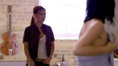 Полностью голая Ноэль Дюбуа в сериале «Нижнее белье» фото #4