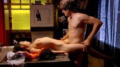 Полностью голая Ноэль Дюбуа в сериале «Нижнее белье» фото #11