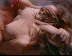 Сексуальная Оди Ингленд оголила грудь и попу в сериале «Дневники «Красной туфельки»» фото #4