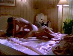 Сексуальная Оди Ингленд оголила грудь и попу в сериале «Дневники «Красной туфельки»» фото #10