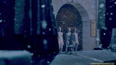 Голая Оливия Ченери в сериале «Страшные сказки» фото #1