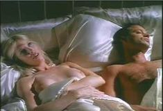 Голая Пегги Трентини в сериале «Бордель в Беверли Хиллз» фото #12