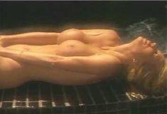 Голая Пегги Трентини в сериале «Эротические признания» фото #11