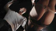 Голая грудь Пенни Пакс в фильме The Submission of Emma Marx Boundaries фото #37