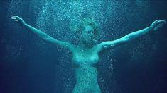 Голая Ребекка Ромейн в фильме «Роковая женщина» фото #11