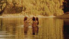 Голая Робин Сидни в фильме «Заколдованное озеро» фото #11