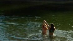 Голая Робин Сидни в фильме «Заколдованное озеро» фото #21