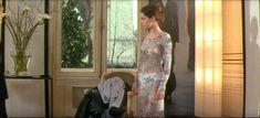 Роксана Мескида засветила грудь в прозрачном наряде в фильме «Школа плоти» фото #1