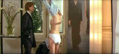 Роксана Мескида засветила грудь в прозрачном наряде в фильме «Школа плоти» фото #3