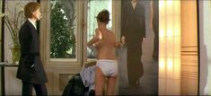 Роксана Мескида засветила грудь в прозрачном наряде в фильме «Школа плоти» фото #4