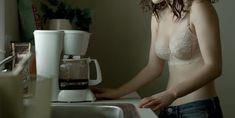 Голая Рэйчел Броснахэн в сериале «Карточный домик» фото #8