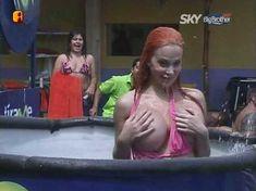 Голая Сабрина Саброк в сериале «Большой Брат VIP. Мексика» фото #4