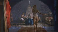 Голая Сара Косми в фильме «О, женщины!» фото #16