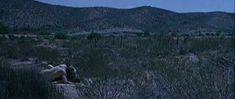 Голая грудь Сесилии Рот в фильме Lucia Lucia фото #4