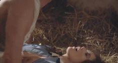 Голая Сильвия Кристель в фильме «Мата Хари» фото #40
