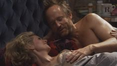 Голая Синтия Никсон в сериале «Большая буква «Р»» фото #5