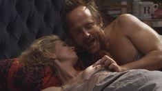 Голая Синтия Никсон в сериале «Большая буква «Р»» фото #7