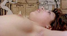 Голая грудь Сони Вивиани в фильме A Man Called Magnum фото #4