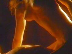 Голая Трэйси Скоггинс в фильме «Разыграй для меня убийство» фото #13