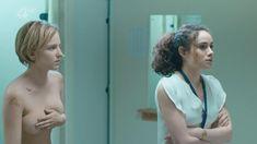 Голая Фэй Марсей в сериале «Клей» фото #1