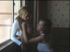 Шайла Стайлз оголилась в фильме Erins Erotic Nights фото #2