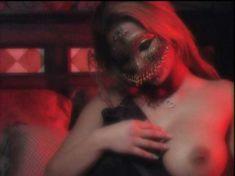 Шайла Стайлз оголилась в фильме Erins Erotic Nights фото #24