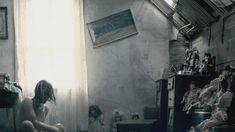 Голая Шаннин Соссамон в фильме «Судный день» фото #3