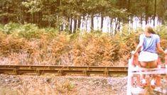 Полностью голая Шарлотт Александра в фильме «Настоящая девчонка» фото #25