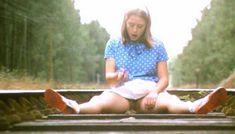 Полностью голая Шарлотт Александра в фильме «Настоящая девчонка» фото #26