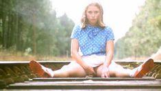 Полностью голая Шарлотт Александра в фильме «Настоящая девчонка» фото #28