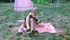 Полностью голая Шарлотт Александра в фильме «Настоящая девчонка» фото #29