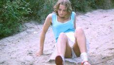 Полностью голая Шарлотт Александра в фильме «Настоящая девчонка» фото #33