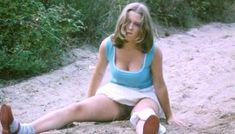 Полностью голая Шарлотт Александра в фильме «Настоящая девчонка» фото #34
