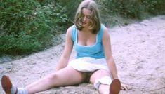 Полностью голая Шарлотт Александра в фильме «Настоящая девчонка» фото #35