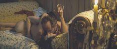 Голая Шарлотта Ле Бон в фильме «Большой злой волк» фото #3