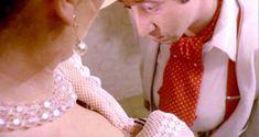 Голая Эдвиж Фенек в фильме «Полицейская в Нью-Йорке» фото #7