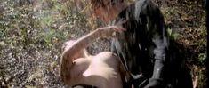 Голая Эдвиж Фенек в фильме «Странный порок госпожи Уорд» фото #7