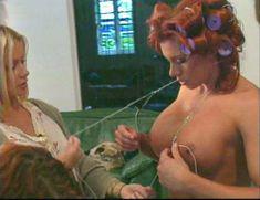 Огромная голая грудь Эйприл Хантер в эротическом видео Ironman Magazines Sexy Swimsuit Spectacular 5 фото #1