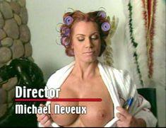 Огромная голая грудь Эйприл Хантер в эротическом видео Ironman Magazines Sexy Swimsuit Spectacular 5 фото #15