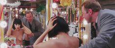 Голая Элизабет Беркли в фильме «Шоугелз» фото #22