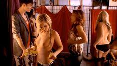 Голая Элисон Бэт в сериале «Нижнее белье» фото #22