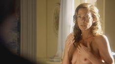 Голая Эллисон Дженни в сериале «Мастера секса» фото #8