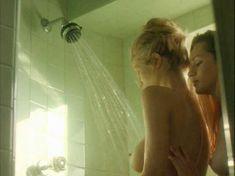 Полностью голая Эмбер Смит в фильме «Не обманывай меня больше» фото #12